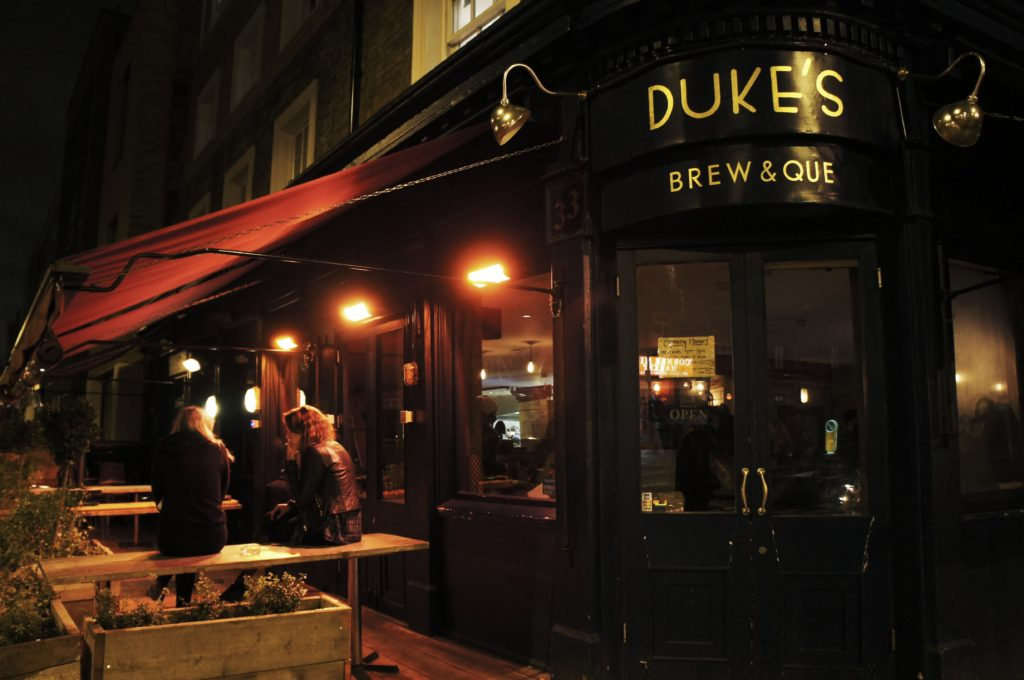 Duke's Brew & Que Review